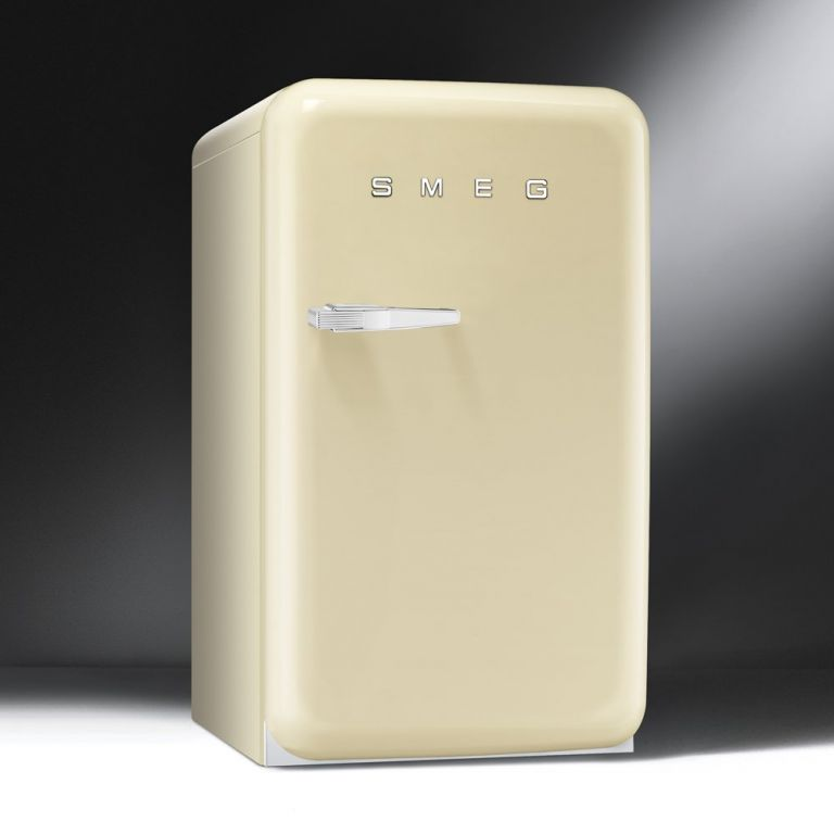 R frig rateur smeg pas cher electro10count for Refrigerateur but