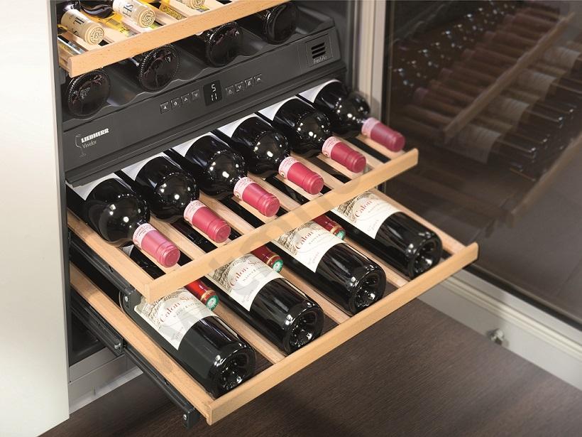 cave vin liebherr uwtes1672 21 pas cher. Black Bedroom Furniture Sets. Home Design Ideas