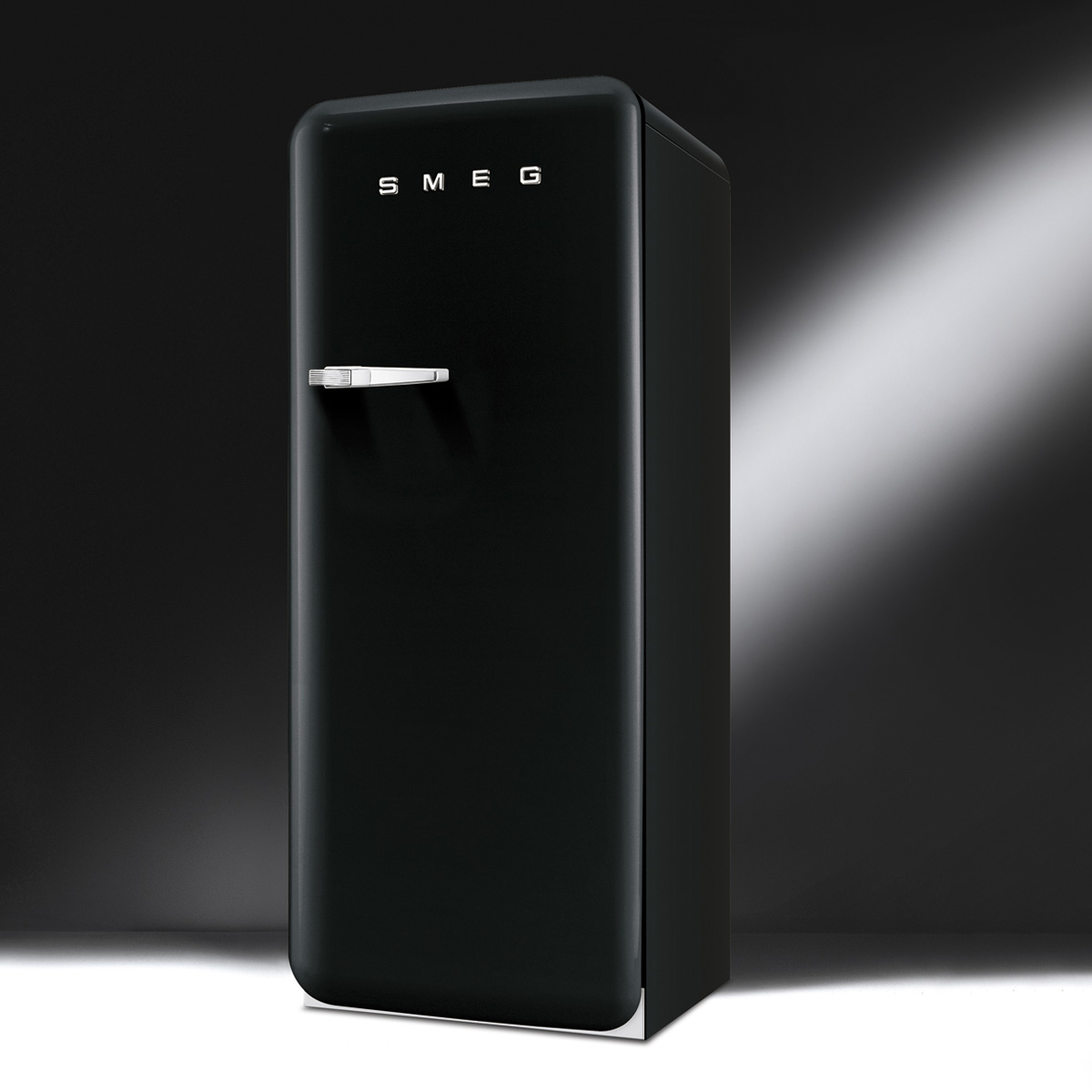 smeg fab28rne1 cat gorie r frig rateur 1 porte. Black Bedroom Furniture Sets. Home Design Ideas